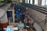 Завод-изготовитель с ремонтом насосов не торопится