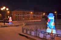 Светящийся Снеговик и заморский Дед Мороз