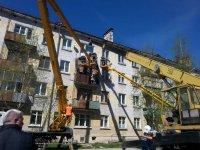 Обрушение балкона в жилом доме