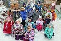Снеговики шагают по планете