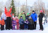 Спортивный праздник «Семья на лыжне».