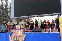 Праздничная концертная программа коллективов художественной самодеятельности.