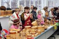 Под новый год – палитра народных ремесел