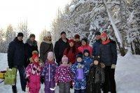 Огромные сердца наших маленьких героев: отправились в самый настоящий поход и помогли лесным жителям и деревьям пережить зиму!