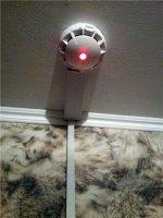 Почему я установила в квартире автономный пожарный извещатель?