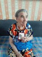 Труженице тыла вручена юбилейная медаль к 75-летию Победы