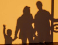Семьи с детьми от 3 до 16 лет могут получить единовременную выплату в размере 10 тысяч рублей