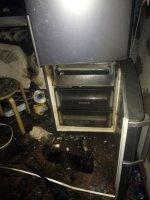 Предполагаемая причина пожара – неисправность электрооборудования холодильника