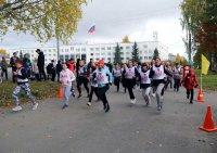В Мирном прошли легкоатлетические забеги, посвященные Всероссийскому дню бега